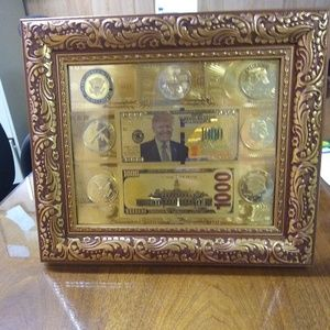Trump gold series